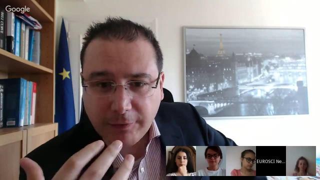 Embedded thumbnail for Curs de închidere: Economia politică europeană: Ce pot românii să aștepte de la UE?